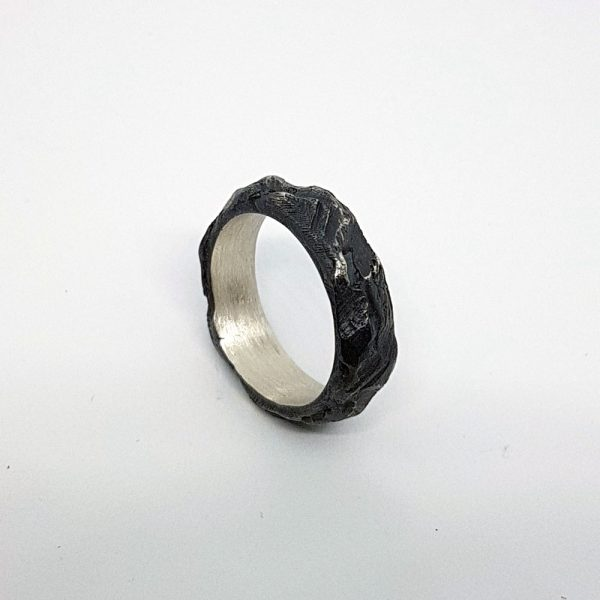 0004_Less_Textured_Ring_03